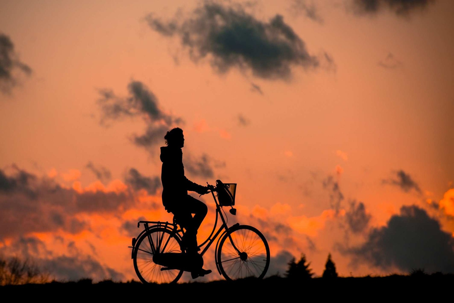 A healthy man on cycle
